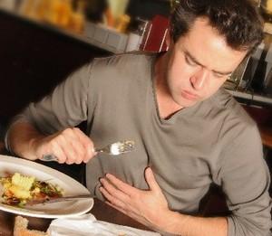 Неправильное питание может привести к диспепсии