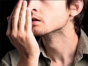 Запах изо рта - симптом рака пищевода