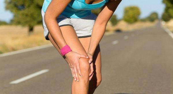 Развитию теносиновита способствуют регулярные нагрузки на сустав