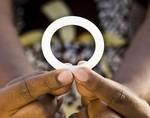 Гормональное кольцо сокращает риск ВИЧ-инфекции на 37%