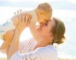 Позднее материнство улучшает работу мозга