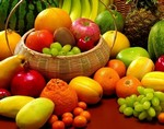 Ученые назвали самые опасные для человека продукты