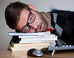 Регулярный недосып провоцирует развитие деменции