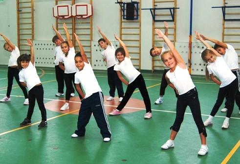 Активные упражнения вызывают перепады температуры у детей